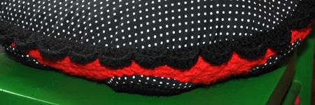 detail bordure red